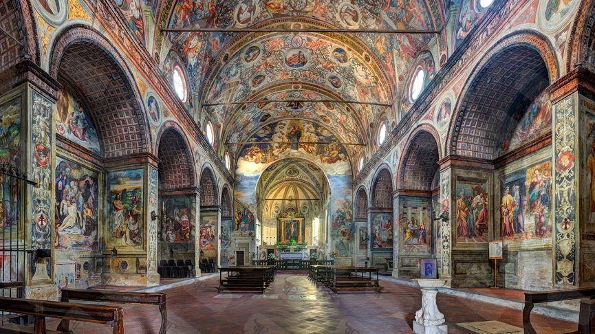 Interior-of-Santa-Maria-delle-Grazie