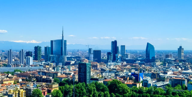 Milan_skyline_skyscrapers_of_Porta_Nuova_business_district