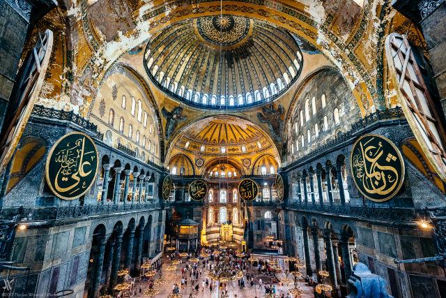120605_00001742_Hagia-Sophia-Istanbul_999x