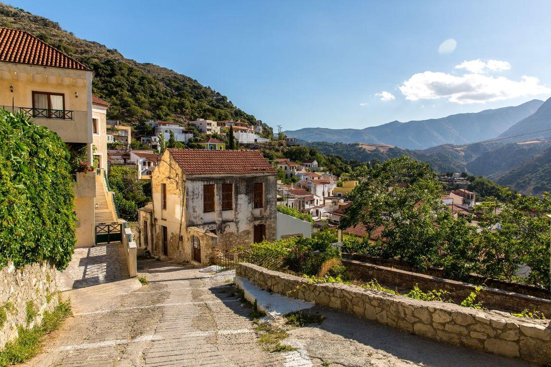 bigstock-Small-Cretan-Village-In-Crete--49770527_result