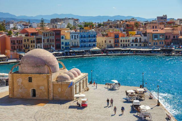bigstock-Chania-Crete---Maj-----139565744_result